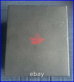 Omega Seamaster 300M 007 James Bond Collector's Piece Boxed / Papers / 2008